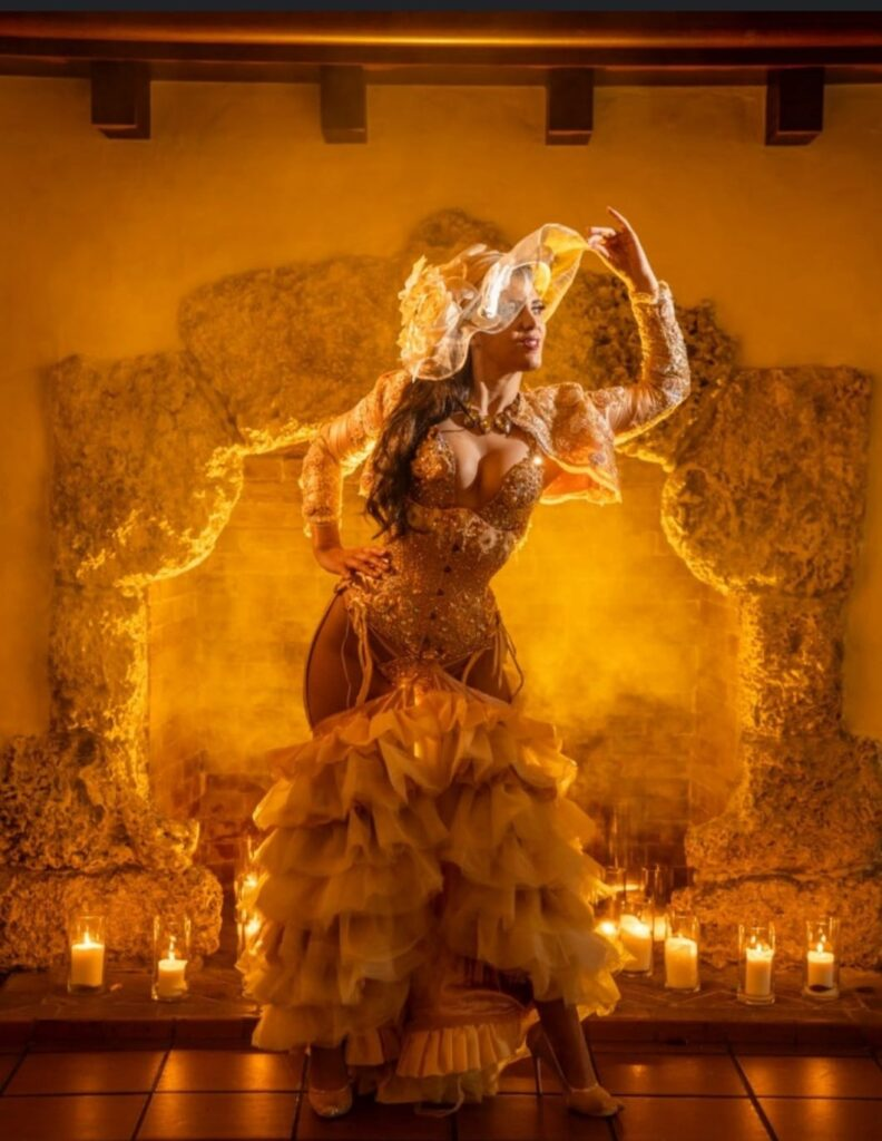 Va Va Voom a Burlesque show at the Curtiss Mansion